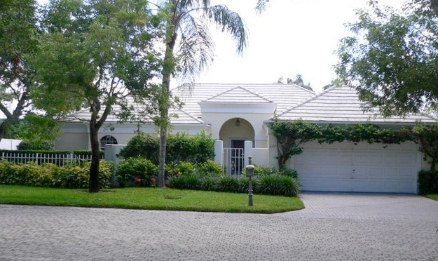 Beauville Villas Real Estate for Sale in Naples, Florida