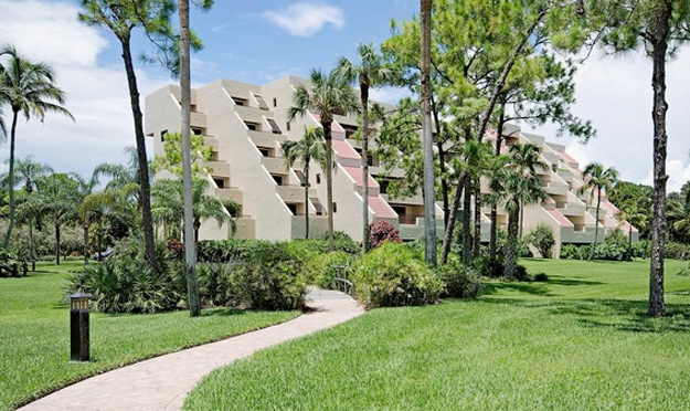 Hyde Park Condo Real Estate for Sale in Naples, Florida