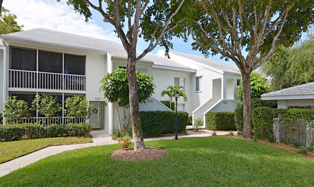 Willow Brook Condo Real Estate for Sale in Naples, Florida