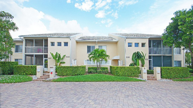 Glencove Condo Real Estate for Sale in Naples, Florida
