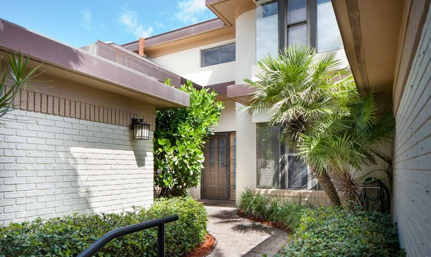 Interlachen Condo Real Estate for Sale in Naples, Florida