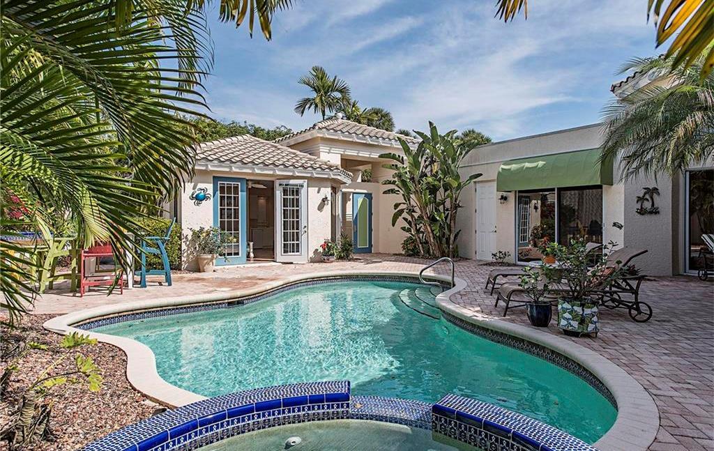 pelican-bay-villas